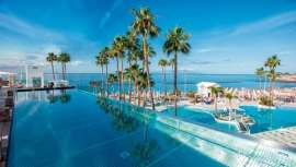 Una espectacular y gran piscina panorámica tipo infinity, localizada en zona Platinum, y el nuevo el SPA Princess, ponen el sello de calidad a uno de los hoteles de moda de las islas Canarias