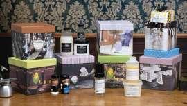 La firma acaba de lanzar sus cofres navideños a base de productos de cuidado capilar de última generación