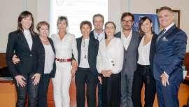 Las profesionales de Estética Científica de Valladolid, Segovia y León, formadas por Lamdors, presentan sus trabajos de casos reales en rejuvenecimiento facial, control de acné y remodelación de la silueta en el simposio de la firma