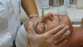 """Lamdors Global System lanza la campaña """"Piel Limpia, Piel Sana, Piel Bella Siempre"""" y propone dos tratamientos infalibles para pieles secas y sensibles, acompañados de cosmética de uso y continuidad en el hogar"""