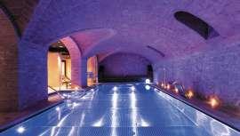 Aprovechando la arquitectura de este hotel joya, Prim Spa diseña una completa área hidrotermal para acceso de las 169 habitaciones del hotel 1898 ubicado en la zona histórica de las Ramblas de Barcelona