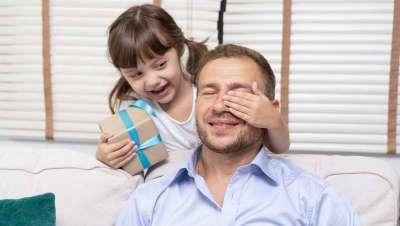 En el Día del Padre, el mejor regalo, un rostro más joven y luminoso