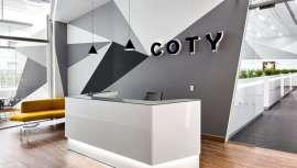 Coty predice una caída del 20% en los ingresos del primer trimestre