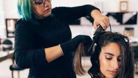 La Alianza de Empresarios de Peluquería de España pide que se eliminen los servicios de peluquería a domicilio