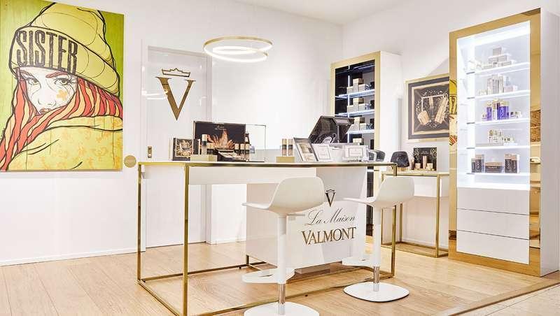 A Maison Valmont, consultas personalizadas, especialistas e tutoriais de beleza durante o confinamento
