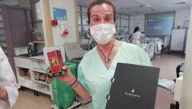 La firma ha entregado cosméticos naturales con el fin de cuidar la piel de los sanitarios de 8 hospitales españoles, aportando así una ayuda valiosa en tiempos de coronavirus
