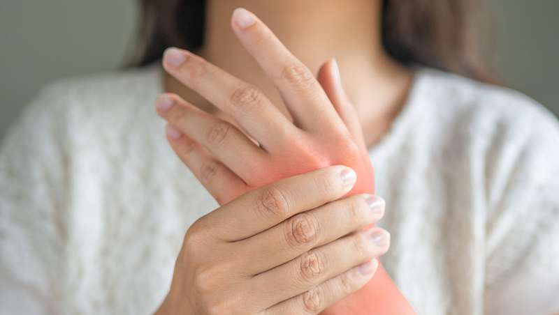 Covid-19, síntomas en la piel, por el Dr. Alejandro Fueyo, dermatólogo Unidad Médica Serrano