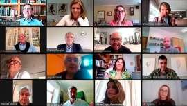 La Academia del Perfume ha organizado un encuentro virtual con representantes de la industria a nivel internacional para discutir sobre la misma y proyectar las cuestiones más candentes que afectan a su previsible evolución y desarrollo