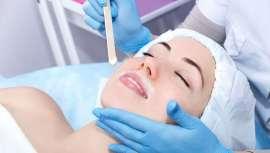 Es la época en la que la depilación se convierte en uno de los tratamientos estrella de los centros de belleza. Pero, qué ocurre cuándo te enfrentas a una piel sensible... Te contamos cómo identificarla y trabajar en ella para un éxito seguro