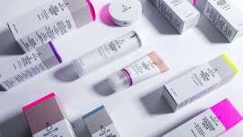 El sector de la cosmética exclusiva para farmacia crece en España con Cosmética Pharma. La nueva marca es una compañía española fundada en 2017 y especializada en el mundo de la cosmética e incluye 5 marcas de filosofía sostenible