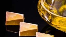 Algumas coisas que talvez não saibas sobre as propriedades e o uso dos óleos no cuidado e rotinas de beleza