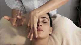Aprendizaje y masaje de autor con Yvette Pons, lifting manual Sulyfth