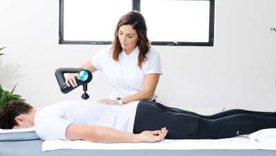 Tudo o que precisas de saber sobre Therabody, terapia de massagem percussiva