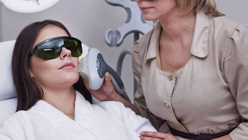 El láser XEO revoluciona el tratamiento de las manchas en medicina estética