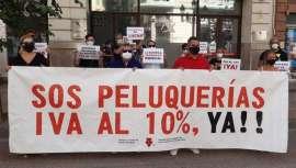 La peluquería protesta en Madrid y reivindica la bajada del IVA