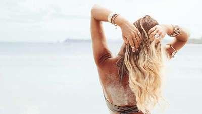 Como cuidar e reparar o cabelo depois do verão