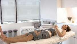 O novo tratamento em cabine LEDT.H.E.S Body System e os tratamentos em casa Slim Drone e Body Sculp permitem a recuperação e remodelação corporal e outras muitas propriedades na volta das férias
