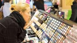 Todas as categorias de cosméticos e artigos de toucador vão ser afetadas. Porém, The NPD Group espera a volta à normalidade e recuperação do mercado em 2021 enquanto os produtos para olhos e sobrancelhas aumentam a sua procura