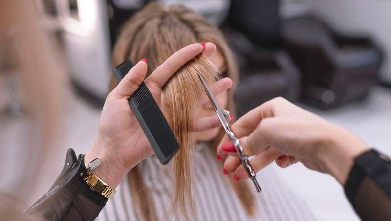 17.000 peluquerías pendientes de un hilo, la rebaja del IVA