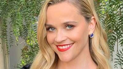 Reese Witherspoon, peinada por Lona Vigi y ghd en la 72ª edición de los Premios Emmy