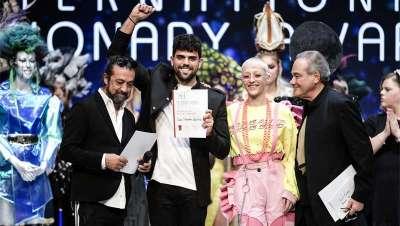 Salones Carlos Valiente conquista 6 nominaciones en las finales más prestigiosas del mundo de la peluquería, Fígaro e International Visionary Awards