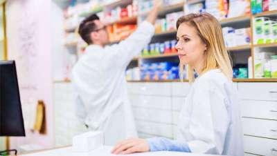 Farmacéuticos, consejeros de salud, belleza y bienestar