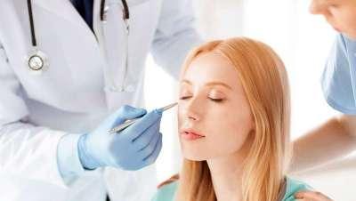 Guerra al intrusismo en Medicina y Cirugía Estética