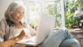 """O relatório """"Hábitos digitais da Zen Gen"""" que analisou as repostas de mais de 1.500 pessoas de entre 55 e 75 anos, em três países (Reino Unido, México e Espanha), descobre-nos seniores de alto poder aquisitivo a consumir on-line"""