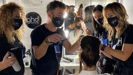 Y es que, además de estar hecha por un profesional peluquero con todas las letras de amplia y profunda experiencia, la nueva línea vegana JLH de células madres, natural y supereficaz, es también para todo tipo de cabellos