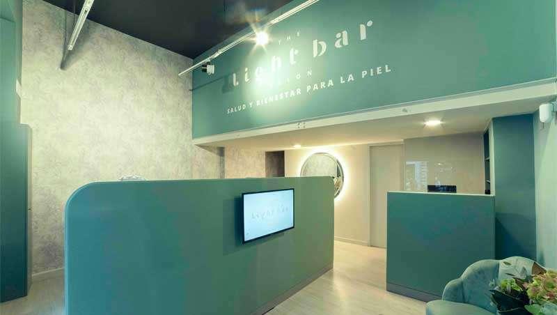 Light Bar, el salón de belleza donde la protagonista es la luz LED