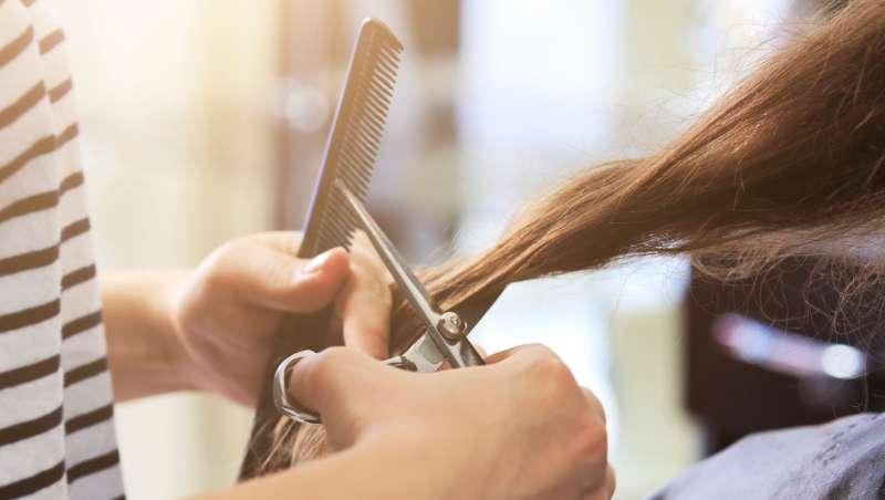 Los norteamericanos consideran el corte de pelo como una actividad superior de cuidado personal
