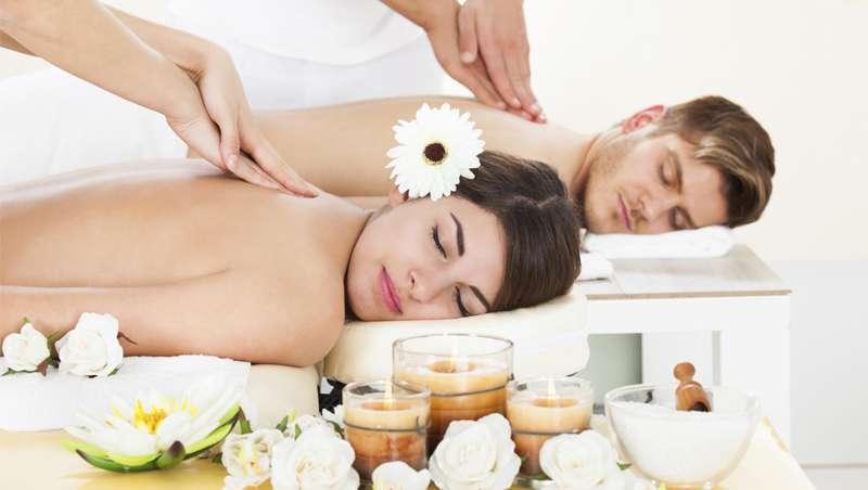 A história da massagem, mantém o contacto