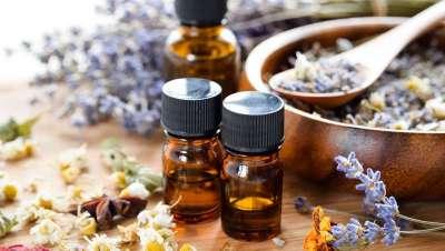 Todos los beneficios de la aromaterapia con aceites esenciales