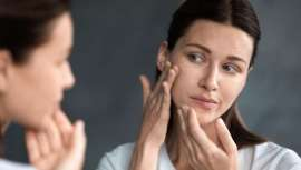 La famosa profesional de la belleza Cristina Álvarez recomienda y realiza el tratamiento Stop Acné con Láser Fotona, que trabaja en las capas profundas de la piel para reducir el exceso de sebo y eliminar las imperfecciones de forma indolora