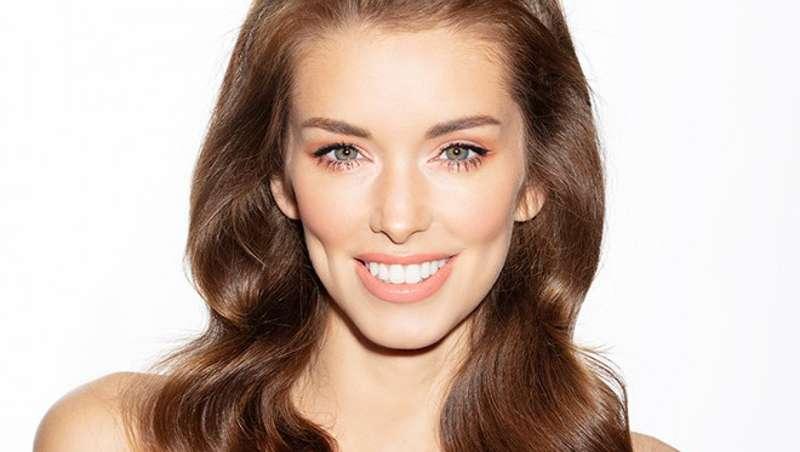Así son las tendencias del nuevo makeup, ojos luminosos y rostros empoderados