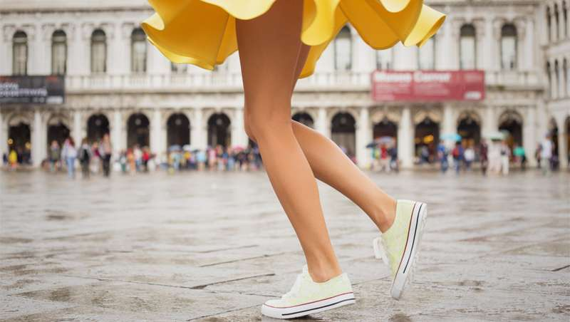 Cinco tratamientos básicos para unas piernas de verano