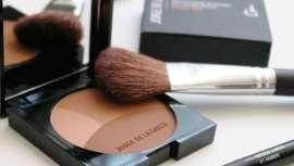 Es uno de los efectos más buscados del make-up, el bronceado en el rostro. Descubrimos cómo conseguirlo de manos de los profesionales expertos, consejos y herramientas recomendados