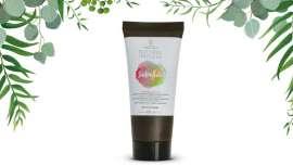 Un Smoothie para el cabello. Light Irridiance lo presenta dentro de su gama Natural Impulse, un producto innovador porque es aceite en crema que regenera el cabello, un batido irresistible de frutas y vitaminas