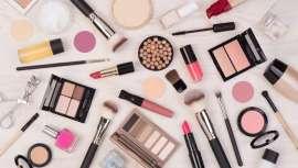 Lo hace levemente pero apunta con claridad meridiana hacia cuáles son las tendencias en el consumo cosmético en nuestro país, según analiza el último estudio de Kantar