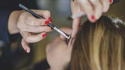 Sete passos para maquilhar uns párpados caídos