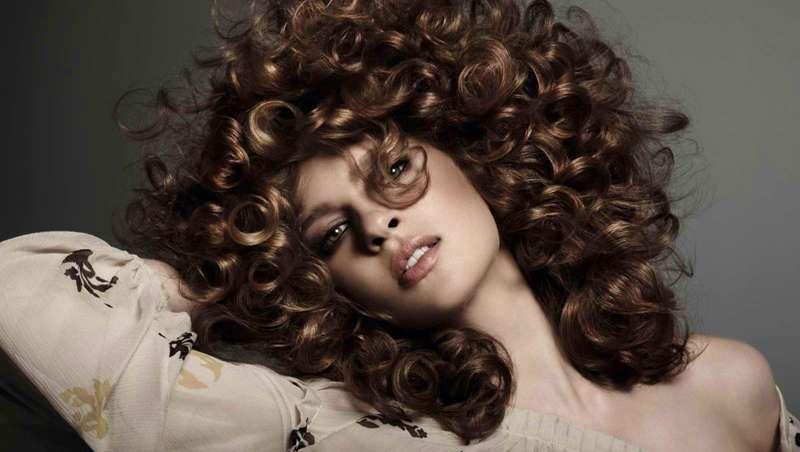 Guia do Método Curly Girl, a revolução das cabeleiras