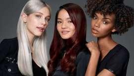 La famosa coloración ácida demipermanente de la marca Redken, icono de los peluqueros de todo el mundo, que matiza, refresca y trata. Multiefecto y multibeneficios, ahora, gratis para ti entre otras muchas ventajas