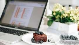 Germaine de Capuccini Goya nos ofrece algunas recomendaciones para evitar el sobrepeso relacionado con la relajación de los hábitos dietéticos