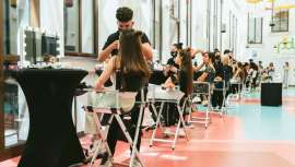 Una vez más, los componentes de Antonio Eloy Escuela Profesional se convierten en protagonistas, elaborando los looks de la Pasarela Larios Málaga Fashion Week, avance de tendencias en moda para el cabello