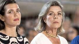 La canas de Carolina de Mónaco se ponen más de moda que nunca gracias al Grey blending, o lo que es lo mismo, el gris más aristocrático para el cabello