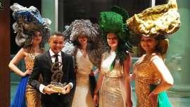 El conocido profesional gallego, se hizo con el galardón en una gran gala organizada por los conocidos creadores Juan Manuel Herrero, Mónica Gil y Tono Sanmartín