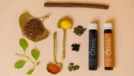 Um tratamento anti-queda bebível, para ela e para ele, natural e vegano que trava a queda de cabelo e dá os nutrientes necessários para que cresça saudável, forte e brilhante