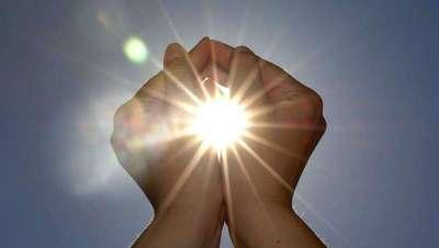 15 minutos de sol cada día, la recomendación de los dermatólogos