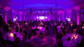 Londres se viste de gala para recibir finalmente y tras la pandemia a la vigésima edición de los premios Pure Beauty Awards, donde se premia a los líderes en innovación del mercado global de la belleza