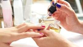 Manicuras y pedicuras centran la atención de los consumidores, seguidas muy de cerca por los profesionales esteticistas y su oferta en tratamientos faciales, corporales y masajes. Depilación, peluqueros y maquilladores, entre los más solicitados